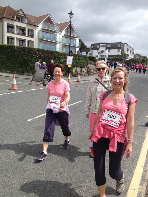 Ali and Kay nr the finish